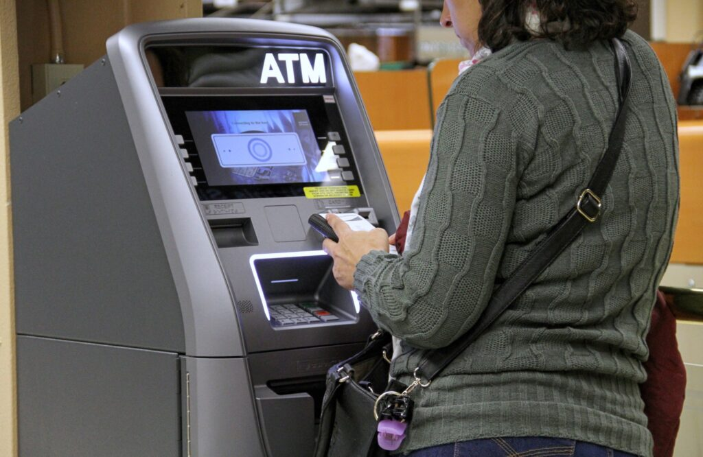 Safety Tips To Remember When Using An ATM During This Festive Season