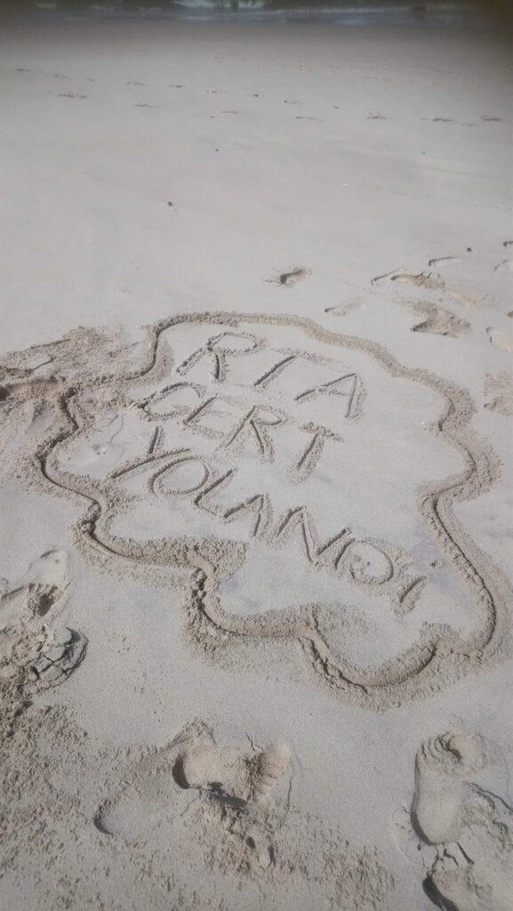 yolandi botes see vakansie sand